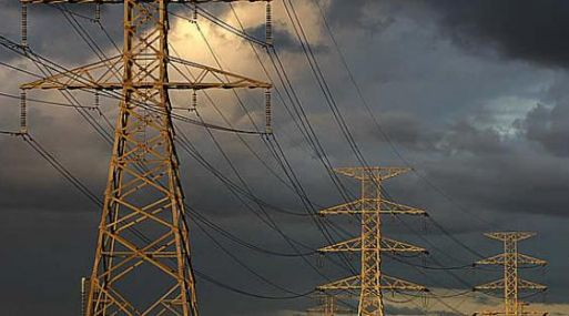 Un panorama gris parece cubrir el sector eléctrico del Perú, según César Butrón del COES.