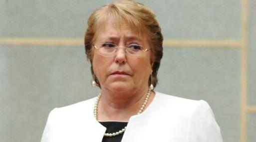 El desempeño económico de este gobierno de Bachelet ha sido mediocre. (Foto: AFP)