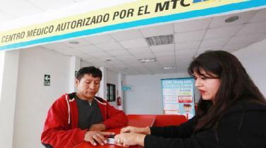 Licencias de conducir: digitalizan certificado de salud y constancia de escuela de manejo