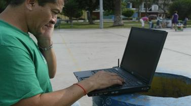 ¿Cómo evitar que un 'hacker' se cuele en su red de WiFi?