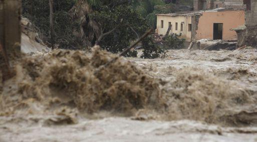 """""""El Niño Costero tuvo un enorme impacto social y económico"""", dijo Max de Freitas de Rimac Seguros. (Foto: Andina)"""