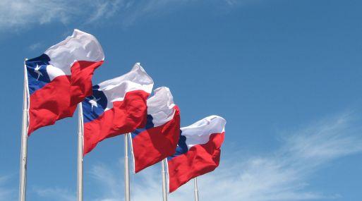 Banco central argentino sorprende al mercado y sube TPM a 28,75%