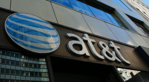 Acuerdo con Time Warner incierto: AT&T