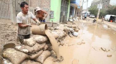 Gobierno otorgará bono de S/ 500 a damnificados con viviendas destruidas por Niño Costero