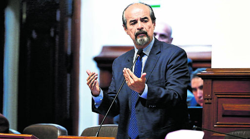 Medida. Iniciativa de Mauricio Mulder fue suscrita por Javier Velásquez Quesquén y Elías Rodríguez.    (Foto: Congreso)