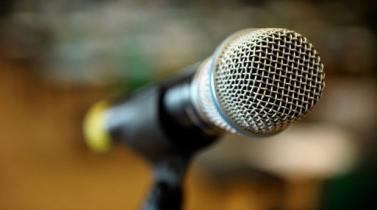 ¿Quiere brillar en su presentación? Siga estos 10 'mandamientos' de la oratoria