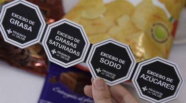 Uruguay: Empresarios se oponen a identificar alimentos con alto contenido de sal o azúcar