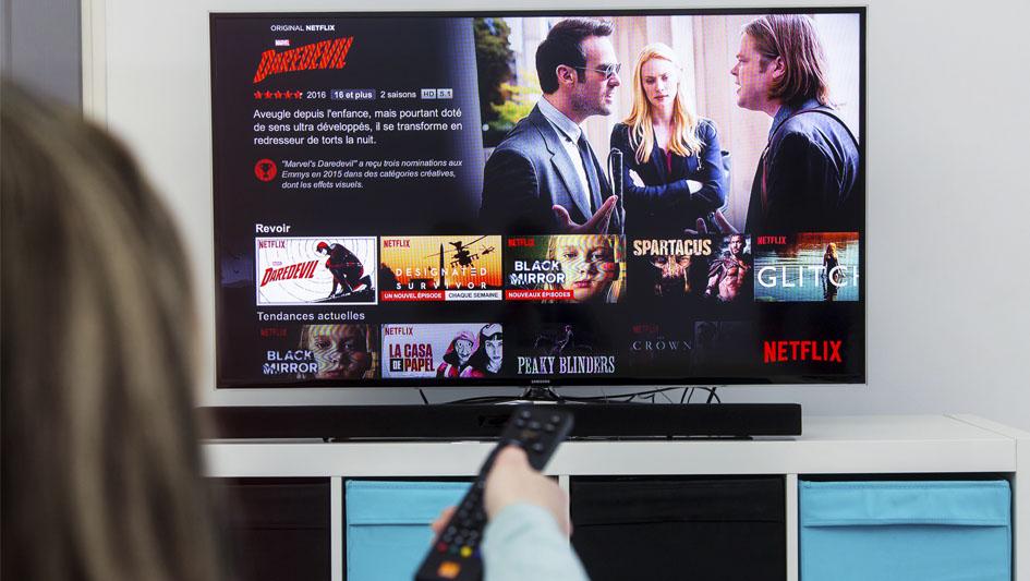 1. Según Statista, las 5 series más exitosas de Netflix sumaron un total de 89.9 millones de vistas durante sus primeros 35 días.