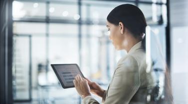 ¿Cómo colocan productos los bancos vía el canal digital?
