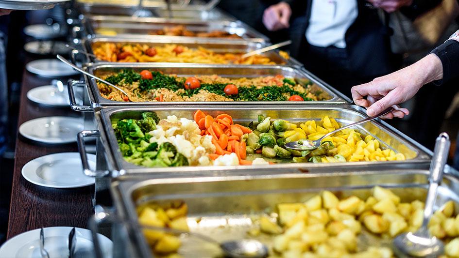 5. Gastronomía. Incluyen dentro de su propuesta restaurantes de cadenas conocidas y fast foods, pero también oferta más sofisticada.